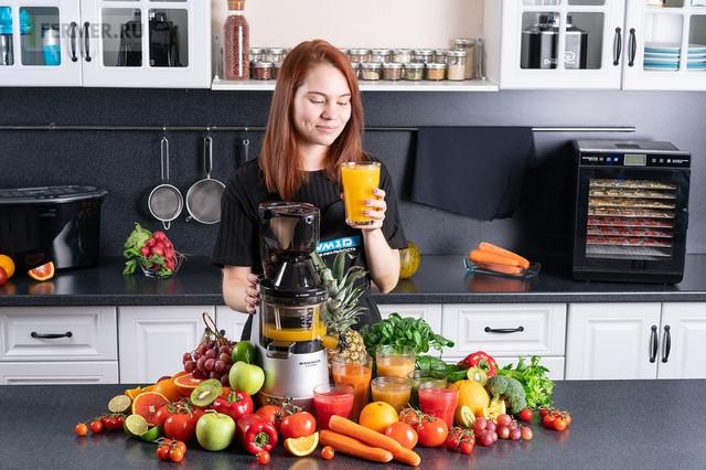 https://static-eu.insales.ru/files/1/4853/11424501/original/shnekovaya-sokovyzhimalka-rawmid-vitamin-rvj-02__13_.jpg