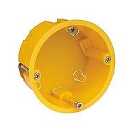 KSC 11-102 (коробка устан. под г/к 68*35) с металлическими лапками (350)