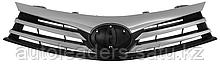 Решетка радиатора на Toyota Corolla 2013-2016 гг.