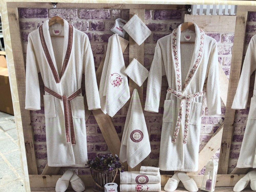 Комплект банных халатов с полотенцами Nurpak