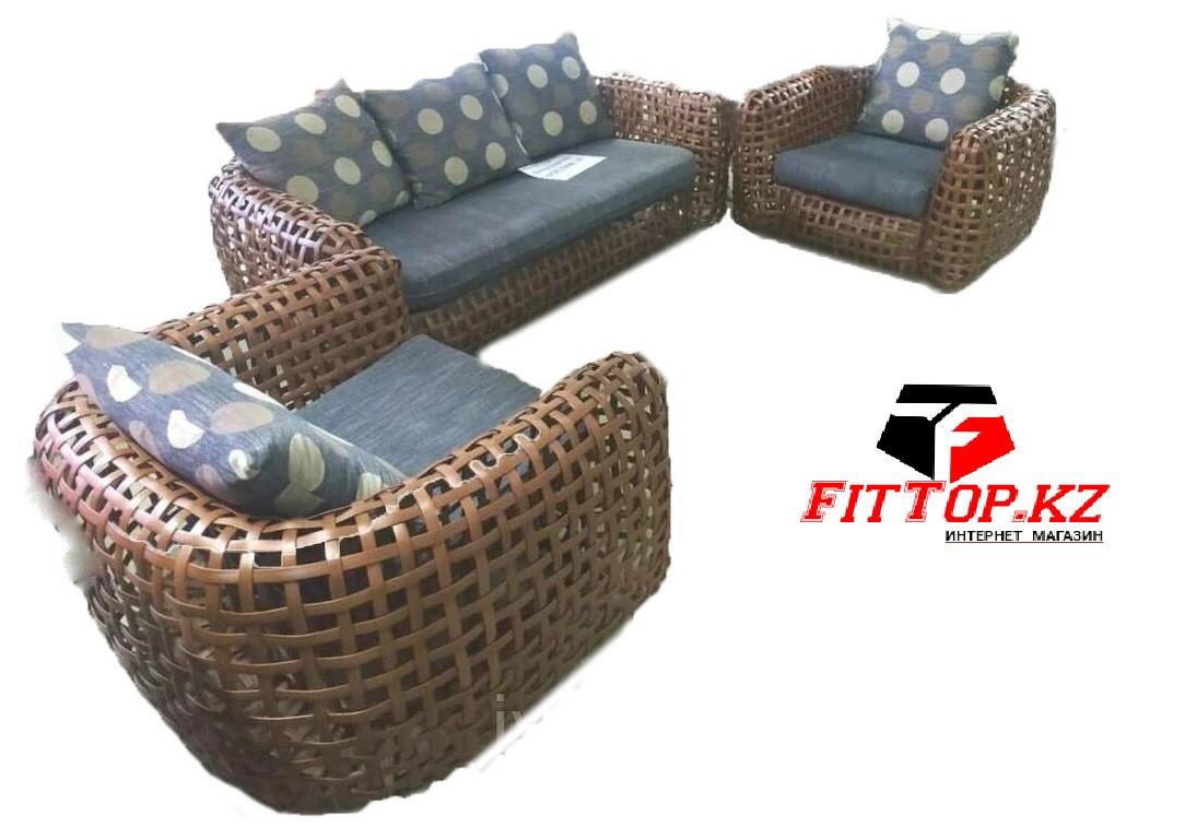 Комплект мебели из Ротанга Диван + 2 кресла HENZO