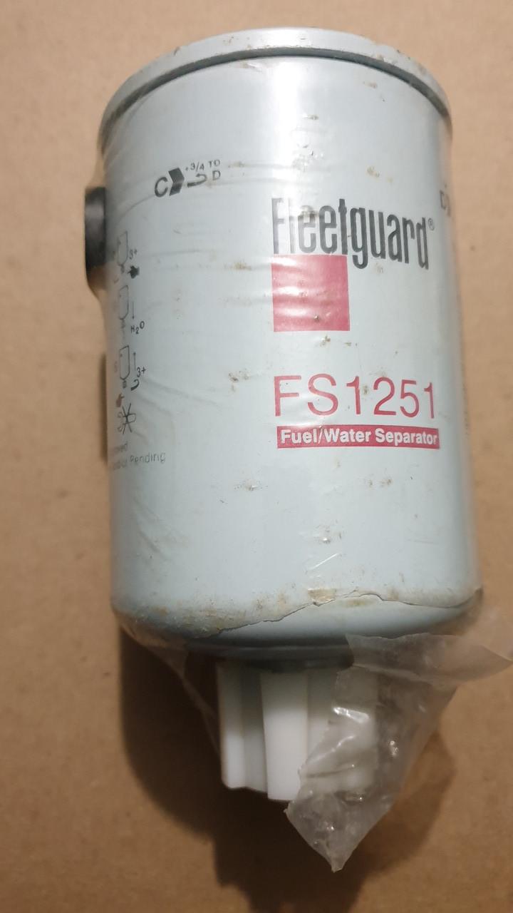 D76/H143(M16x1,5-6H INT) Fleetguard FS1251 Топливный фильтр с сливом