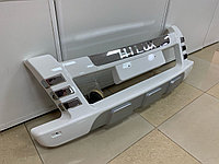 Накладка переднего бампера Hilux (2012-)