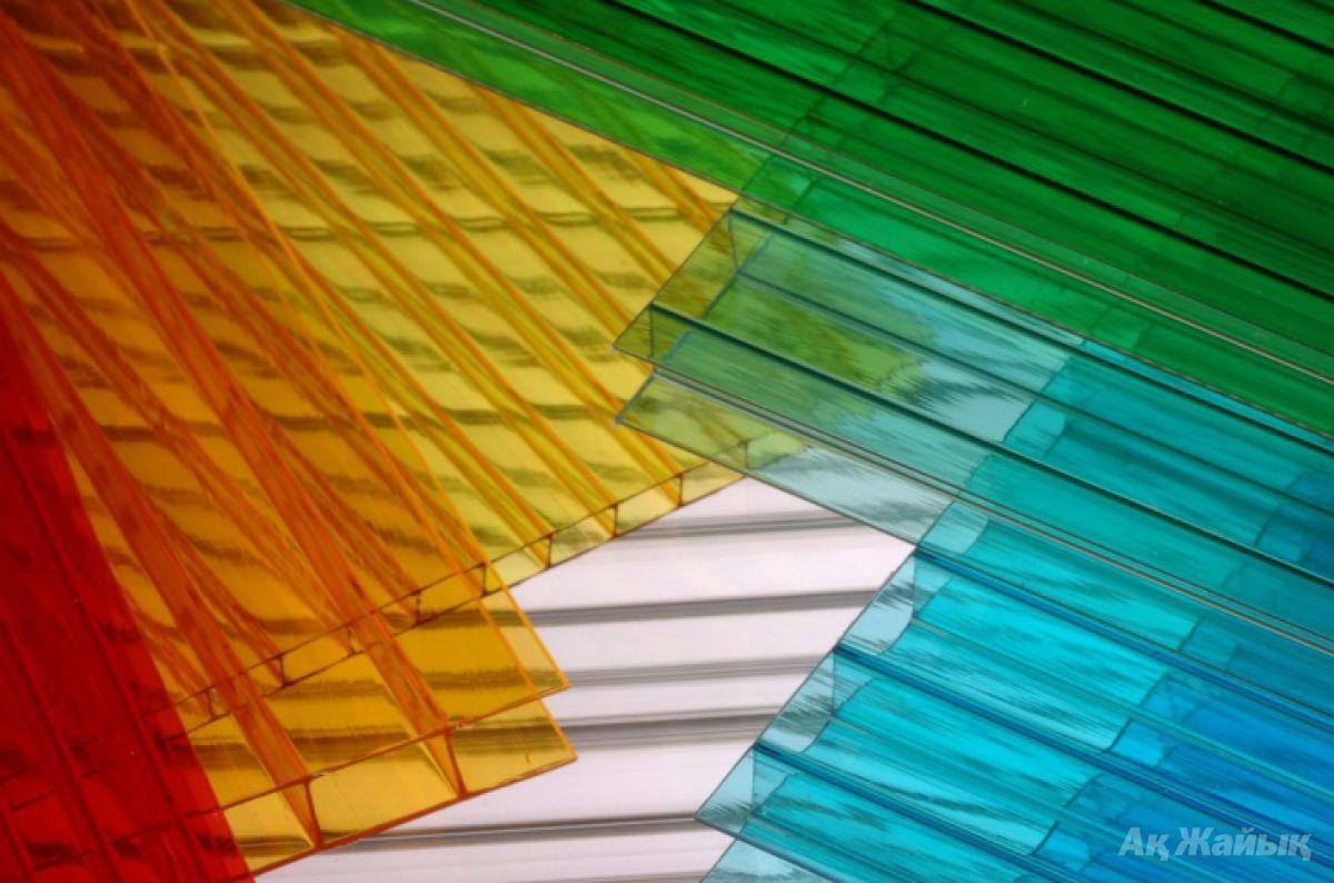 Сотовый поликарбонатный лист цветной Skyglass 2100х12000х6мм