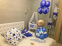 Оформление комнаты шариками для выписки из роддома