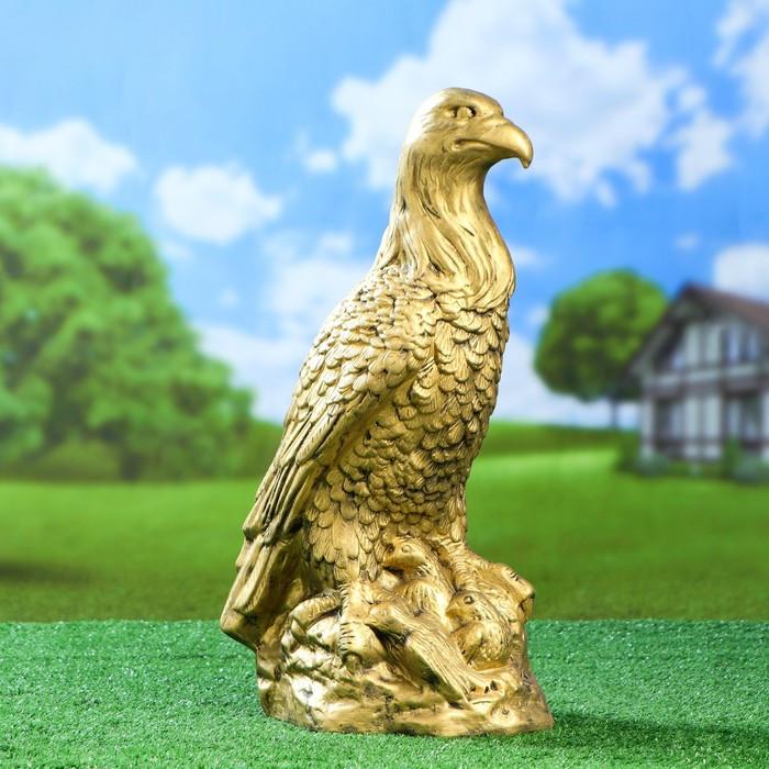 """Садовая фигура """"Орёл в гнезде"""", золотистый цвет, 50 см"""