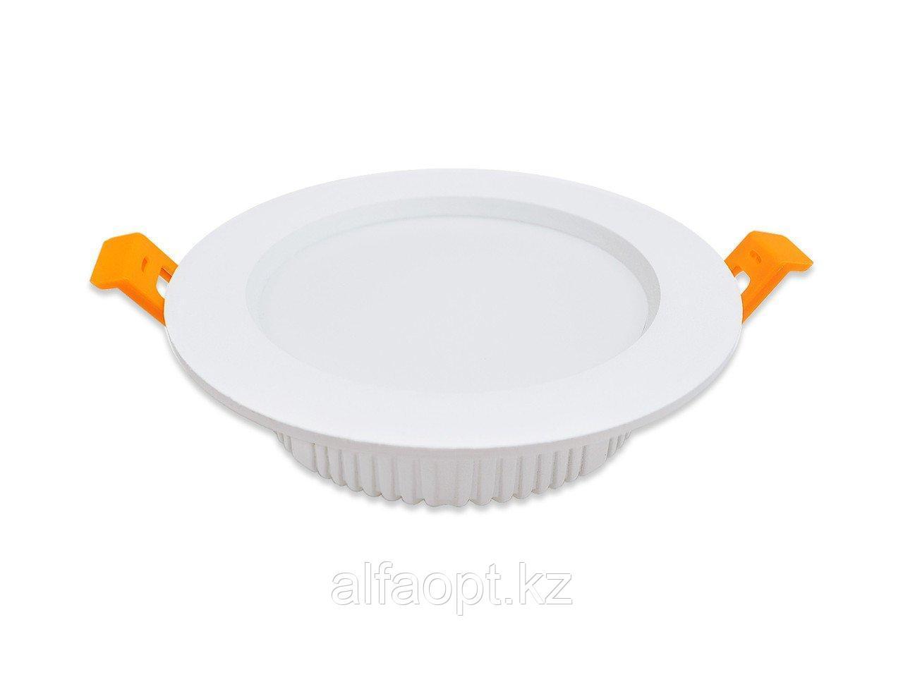 Потолочный встраиваемый светильник типа Downlight (8 Вт; 800 Лм)