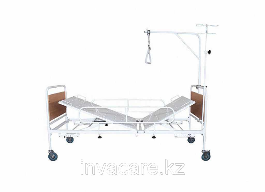 Кровать медицинская функциональная двухсекционная КМФ2-01с механическим регулированием углов наклона секций(на