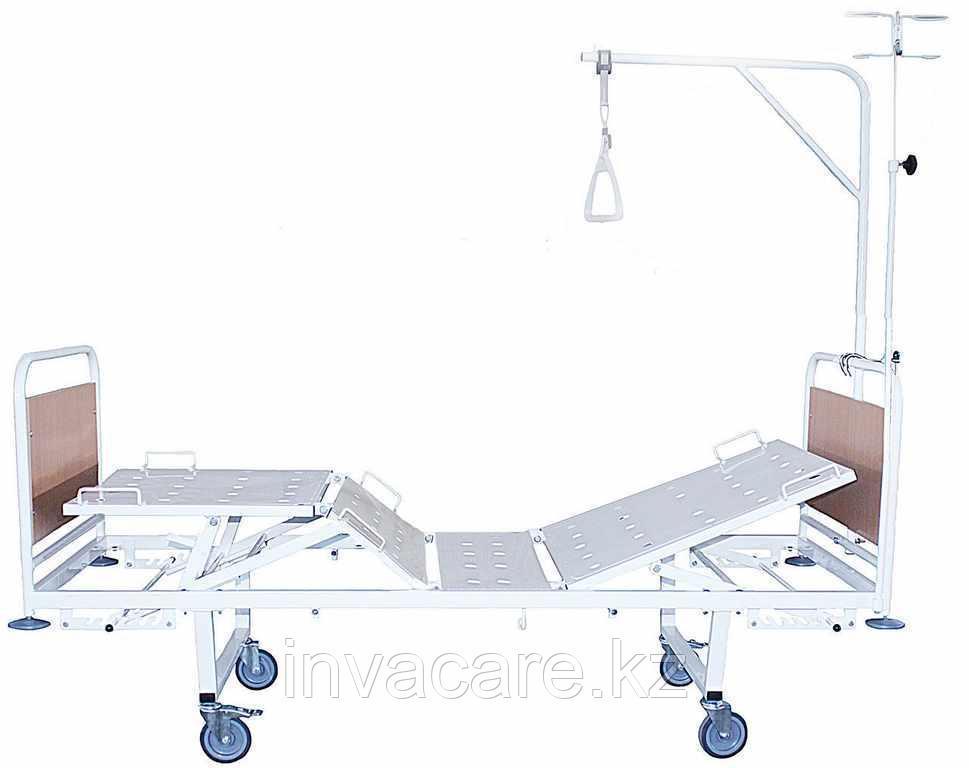 Кровать медицинская функциональная четырехсекционная КМФ4-01 со съемными колесными парами(колесах d.125,, 2