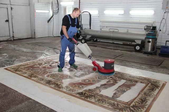 Средства для мойки ковровых и текстильных покрытий