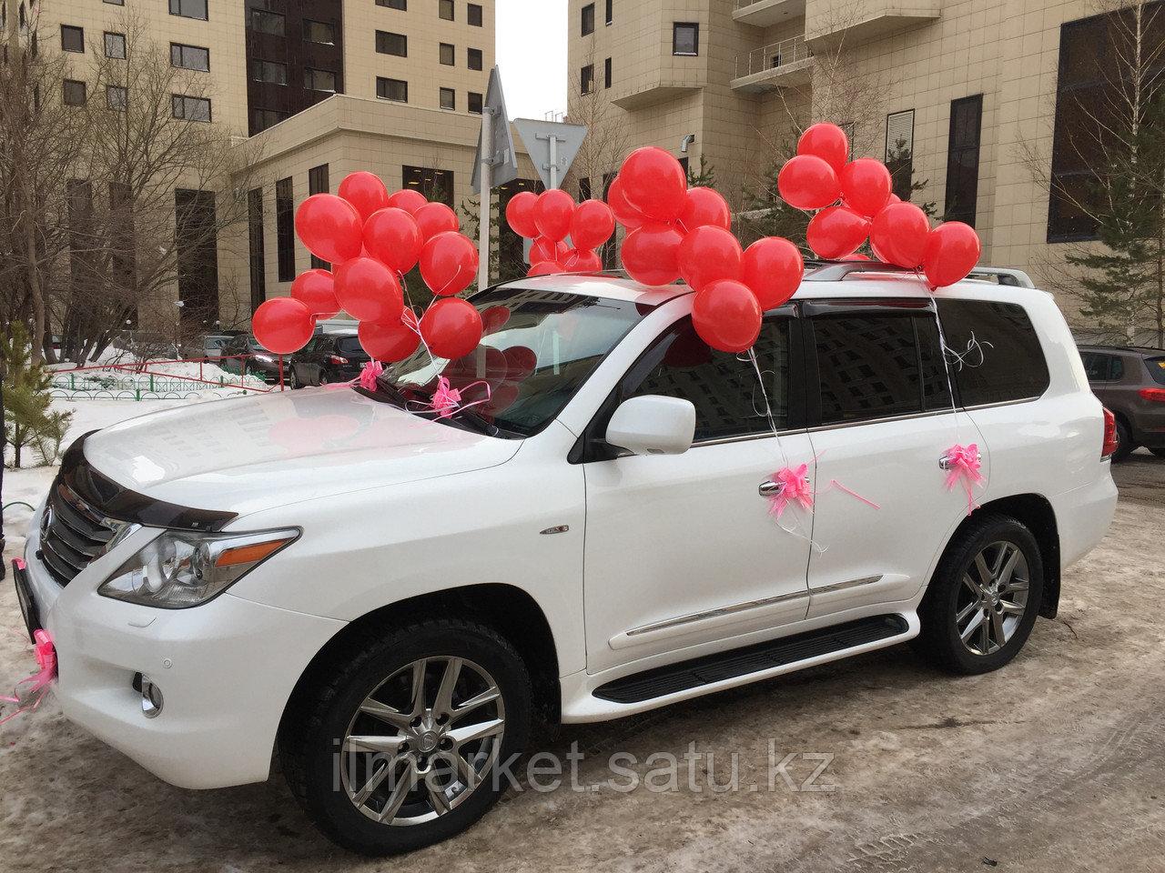 Оформление шарами и бантами машину ( 50 шаров + банты) - фото 2