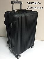 Средний пластиковый дорожный чемодан на 4-х колесах Longstar.Высота 63 см,ширина 42 см, глубина 22 см., фото 1