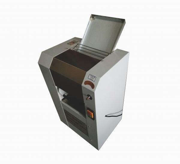 Тестораскаточная машина YM-300 (AR) Foodatlas Pro