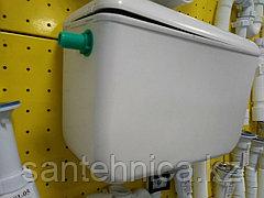 Бачок пластиковый для унитаза высокорасположенный белый боковой подвод