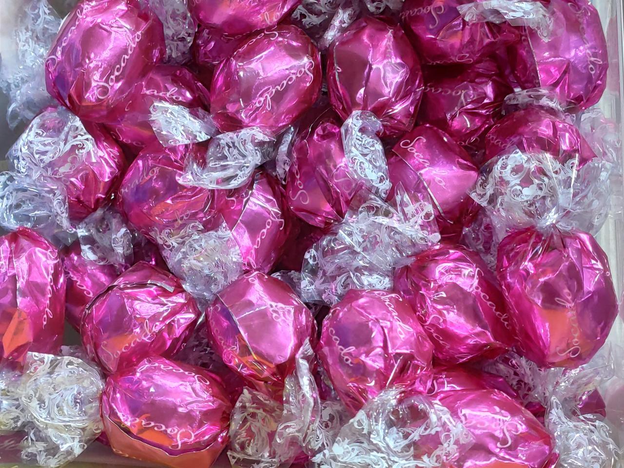 Шоколадные конфеты Socado (Розовые) /Италия/  1кг