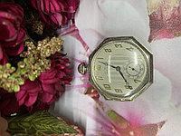 Часы Waltham