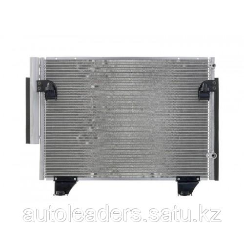 Радиатор кондиционера на Toyota Fortuner 2012-2015 гг.