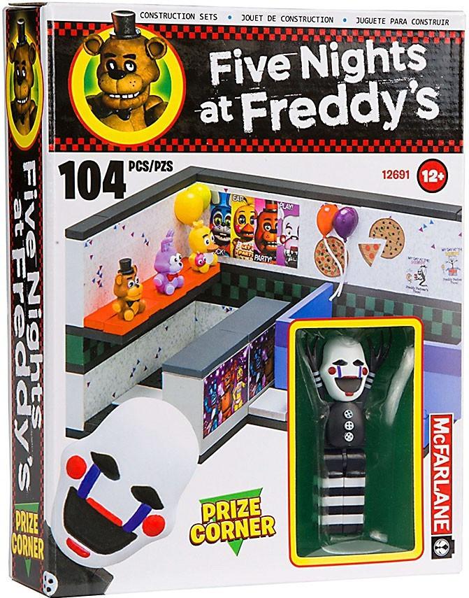 """Five Nights at Freddy's Конструктор """"Призовой уголок"""" 104 деталей"""