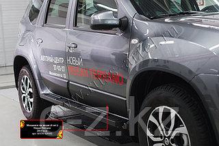 Молдинги на двери Nissan Terrano 2014-