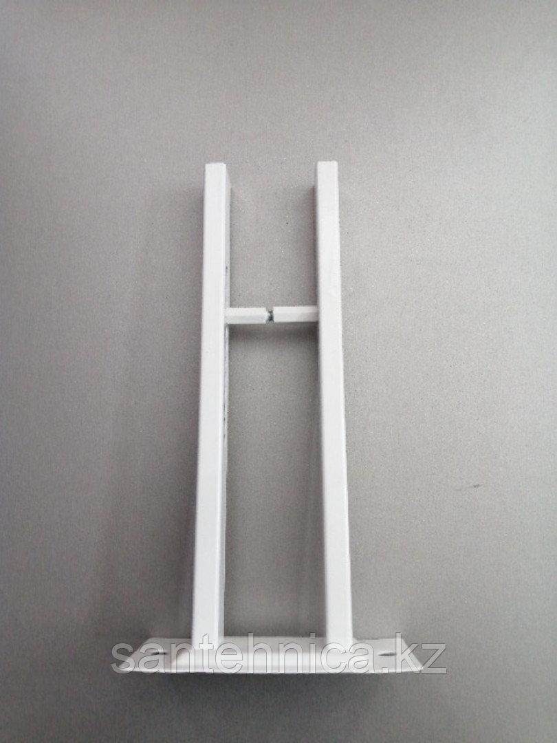 Крепление напольное для радиатора стойка