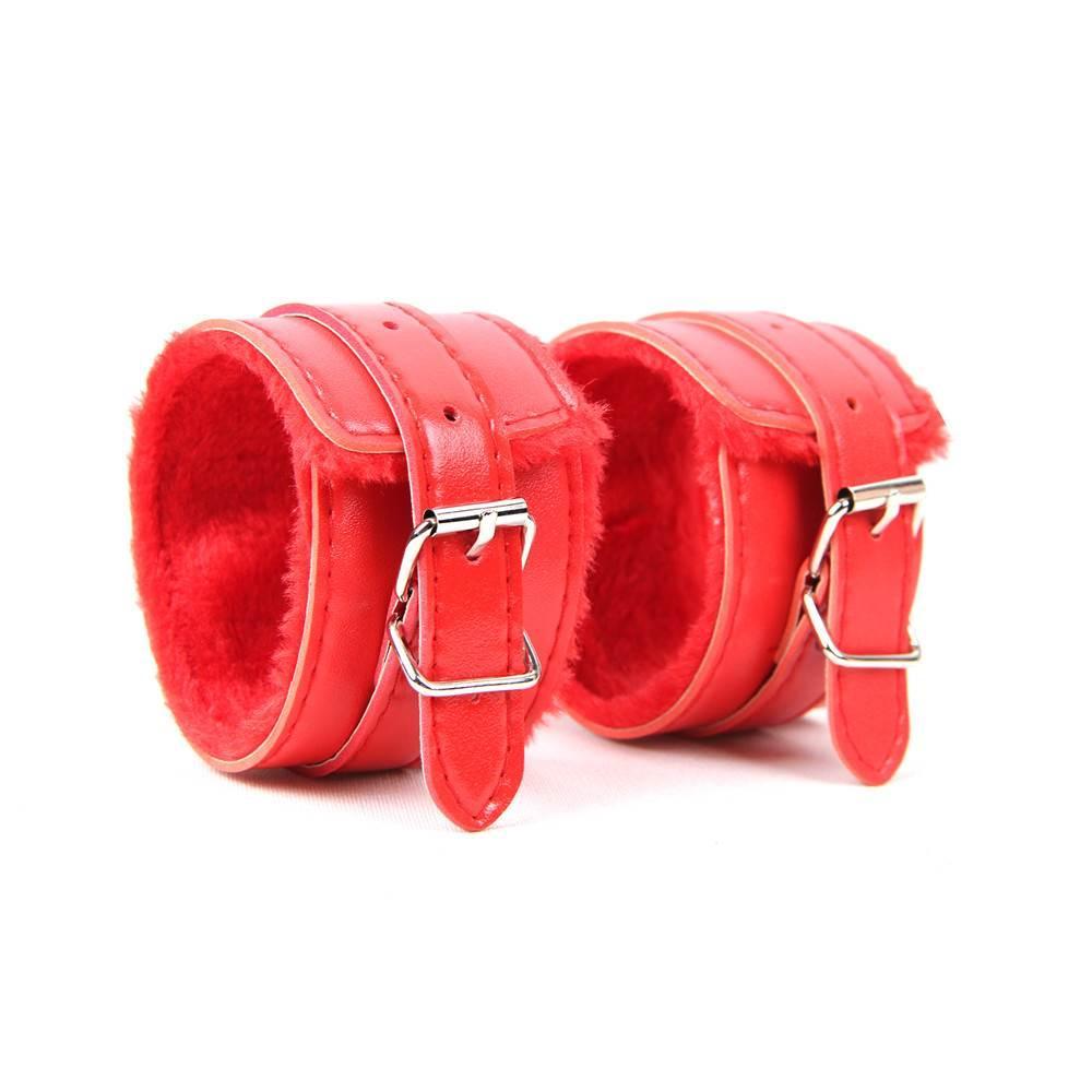 Наручники на меху SM Bondage Red