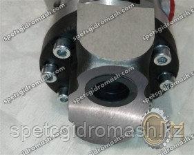 Гидронасос 210.12.04.05 аксиально-поршневой нерегулируемый, шлицевой вал левого вращения
