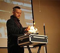 Магическое фокус шоу иллюзиониста в Павлодаре, фото 1