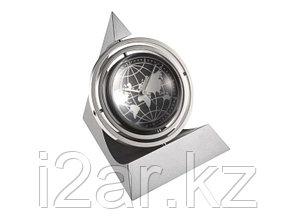 """Настольный металлический сувенир с часами """"Pyramid Gyro Mag Globe"""""""