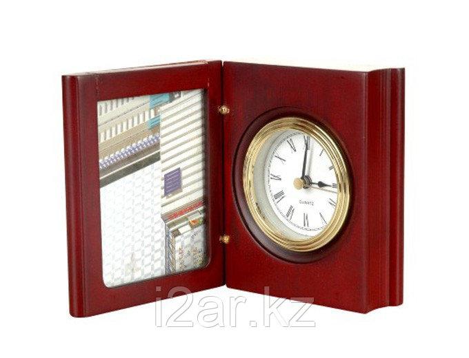 Настольные деревянные часы с фоторамкой