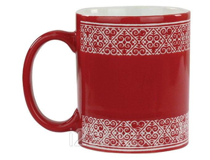 Кружка с орнаментом красная