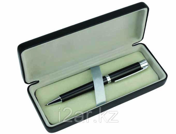 Ручка в подарочном футляре