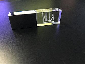 Флешка с подсветкой (стекло) 32 гб