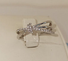 Золотое кольцо с бриллиантами / 17 размер