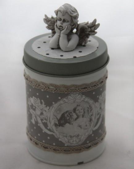 Металлическая шкатулка-банка для мелочей