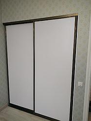 Гардеробная комната в спальне. На заказ
