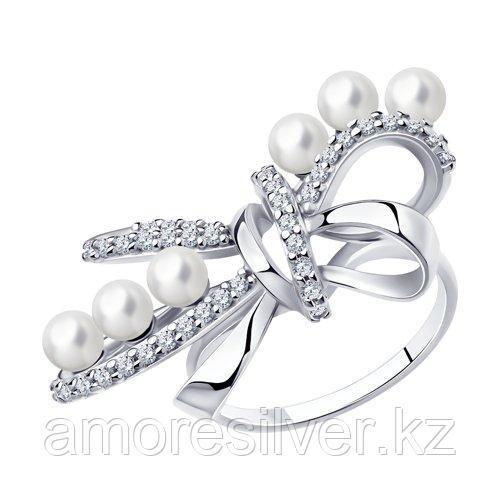 Кольцо из серебра с жемчугом и фианитами    SOKOLOV 94013142