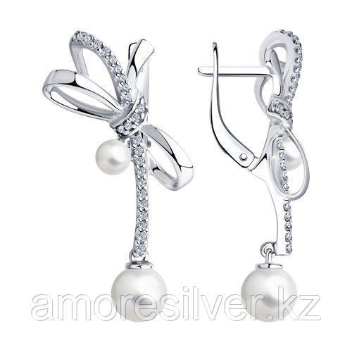 Серьги из серебра с жемчугом и фианитами  SOKOLOV 94024011
