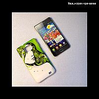 Чехол-крышка на телефон Samsung Galaxy S2/ i9100 девушка на зеленом фоне