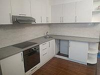 Кухонный гарнитур угловой. Белый. ЛДСП. 3*2. Под заказ