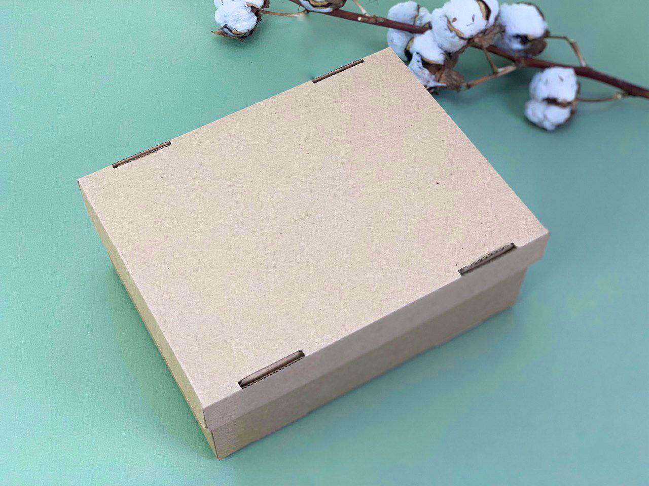 Коробка из микрогофрокартона. Размер: 23*17*9
