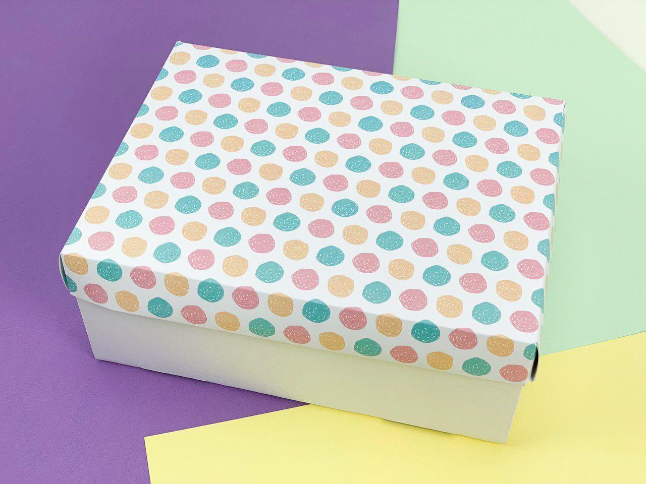 Подарочная коробка. Размер: 23*17*9