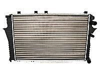 Радиатор охлаждения Audi 100. C4