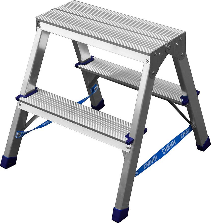 Лестница-стремянка двухсторонняя Сибин, число ступеней 2, алюминий, максимальная нагрузка 150 кг (38825-02)