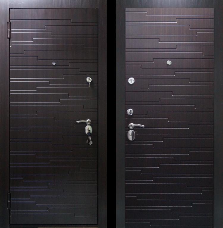 Уличные металлические двери ДС 567 Венге