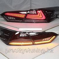 Задние фонари на Camry V70 2018- Lexus IS style Темно-красный