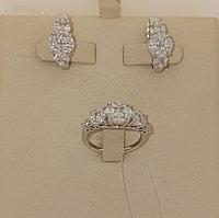 Золотой комплект с бриллиантами