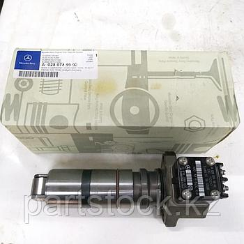 Насос топливный, инжекторный   на MERCEDES, МЕРСЕДЕС, ORIGINAL A0280745902