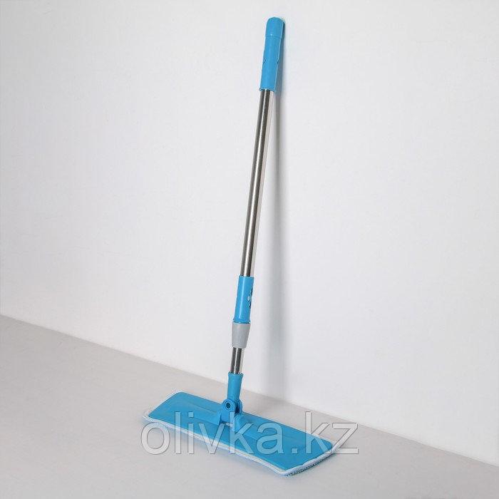 Швабра плоская Доляна, телескопическая стальная ручка 79-120 см, насадка из микрофибры 38×11 см, цвет голубой