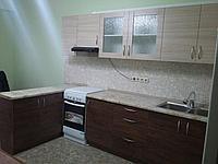 Кухонный гарнитур с барной стойкой. Комбинированный (два цвета). 3,5 + 2 м. На заказ