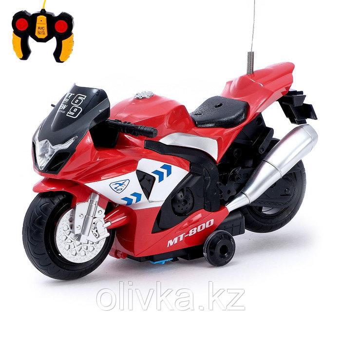 Мотоцикл радиоуправляемый «Рейсер», работает от батареек, световые и звуковые эффекты, МИКС